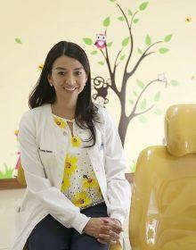 Dra. Claudia Rodas | Odontopediatría